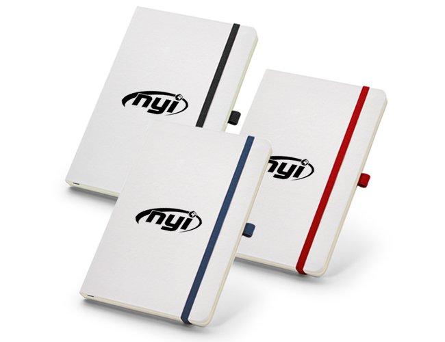 https://www.corporativobrindes.com.br/content/interfaces/cms/userfiles/produtos/caderno-capa-dura-com-caneta-personalizada-365.jpg