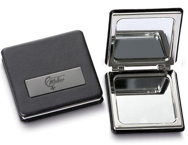 https://www.corporativobrindes.com.br/content/interfaces/cms/userfiles/produtos/espelho-maquiagem-de-bolsa-personalizado-para-brindes-dia-da-mulher2-674.jpg