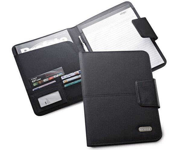 https://www.corporativobrindes.com.br/content/interfaces/cms/userfiles/produtos/pasta-couro-sintentico-personalizada-para-brindes-3-535.jpg