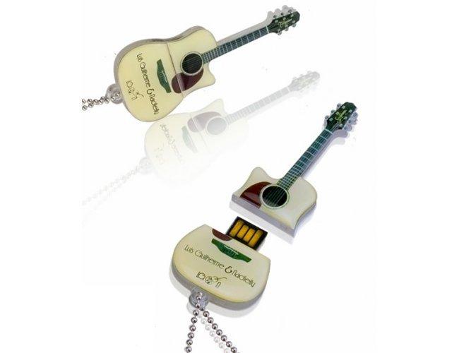 https://www.corporativobrindes.com.br/content/interfaces/cms/userfiles/produtos/pen-drive-acrilico-personalizado-pen-srive-customizado-para-brinde-15-adic-426-343.jpg